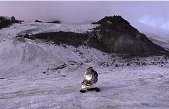 Экспедиция на Эльбрус / Снегоход А-1, спуск с высоты 4500 метров