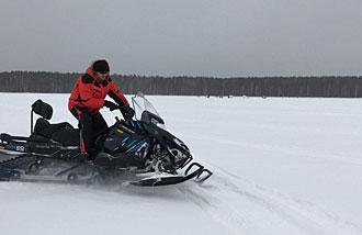 Екатеринбург. Снегоход RM Vector 551i