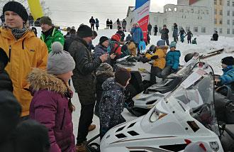 Архангельск. Фестиваль «Snow Поморье». Снегоходы РМ
